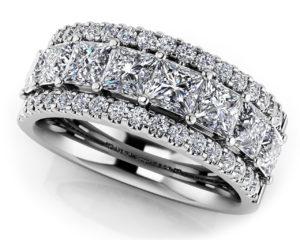 Luxurious Princess Cut Diamond Frame Ring